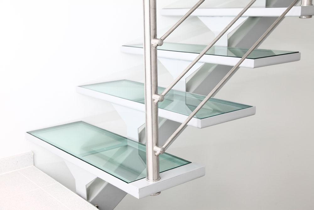 glasstufen. Black Bedroom Furniture Sets. Home Design Ideas