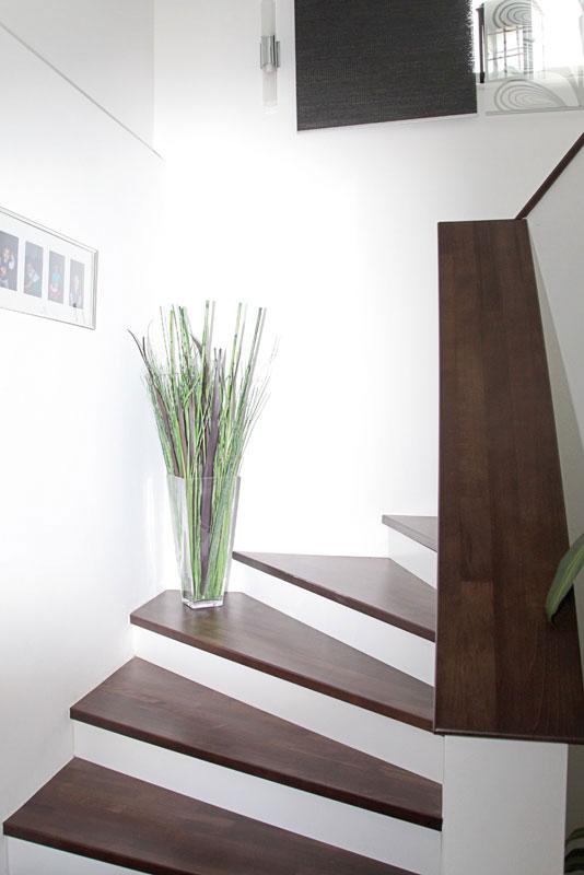 massivholz tritt setzstufen. Black Bedroom Furniture Sets. Home Design Ideas